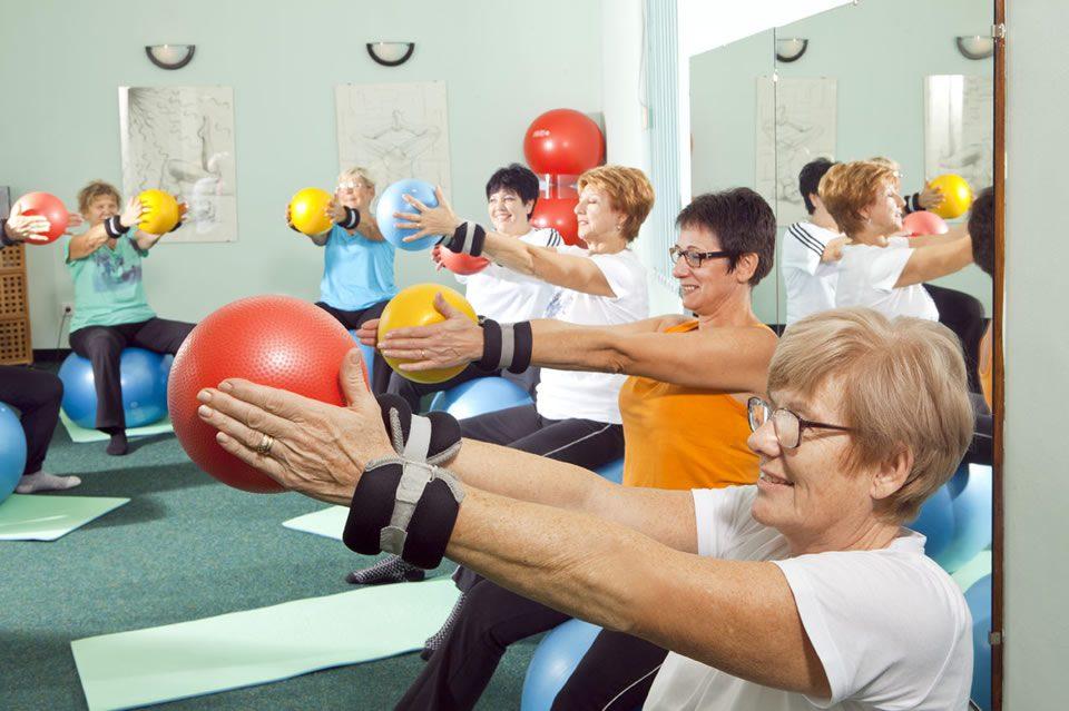 """Medicinska gimnastika u sklopu programa očuvanja i prevencije bolesti projekta """"Aktivni zajedno"""" UP.04.2.1.09.0005 (09.10.2020.)"""
