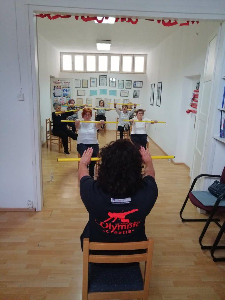 """Medicinska gimnastika u sklopu programa očuvanja i prevencije bolesti projekta """"Aktivni zajedno"""" UP.04.2.1.09.0005 (13.11.2020.)"""